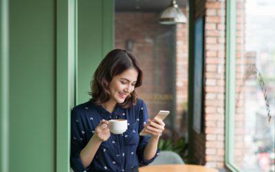 Smartphonegebruik heeft negatieve invloed op je relatie